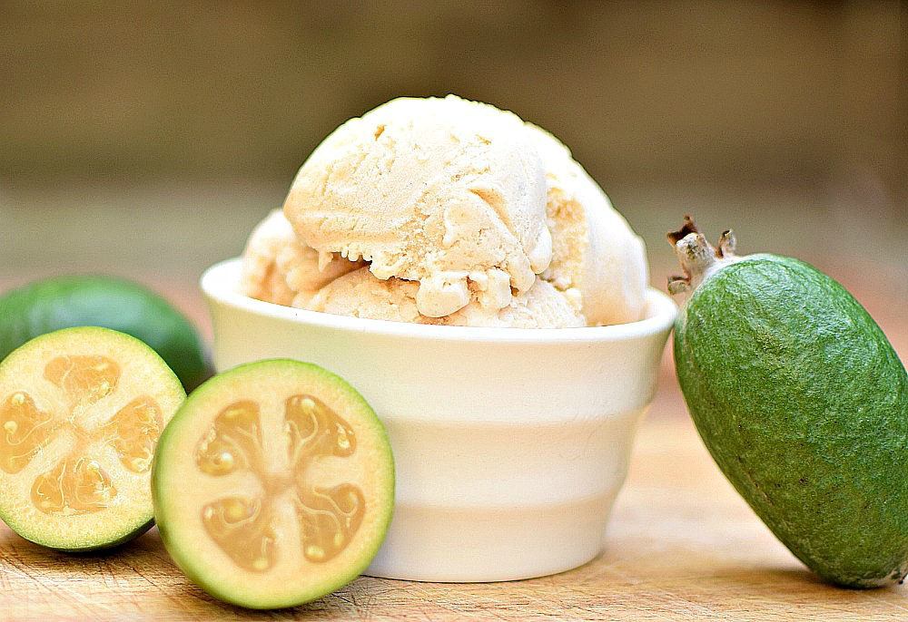 Feijoa ice cream