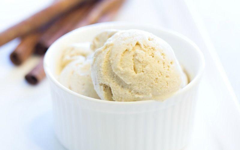 Cinnamon ice cream in a white bowl